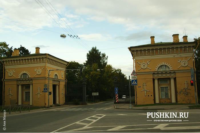 памятник а.с.пушкину в царском селе фото